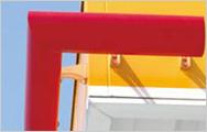 ガソリンスタンド看板 樹脂以外の材料を含むアッセンブリ設計と強度解析